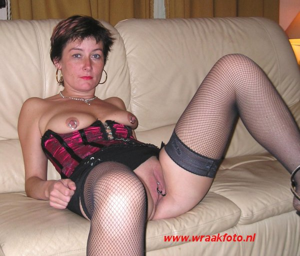 GANGBANG EINDHOVEN SHEMALE PARTY NEDERLAND