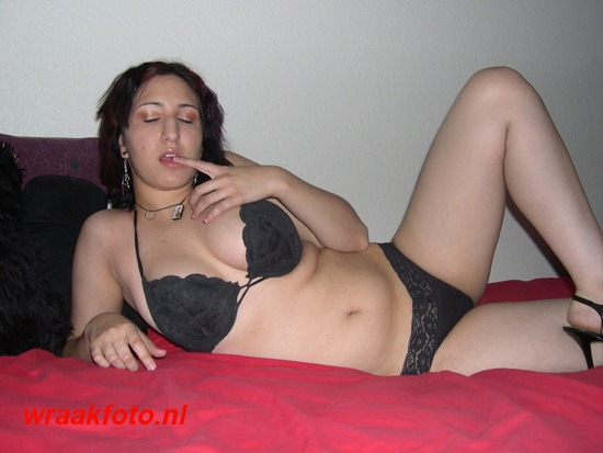 SEKS ALMERE MASSAGE THAI B2B